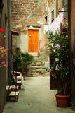 Aléia velha da cidade em Toscânia Imagem de Stock Royalty Free