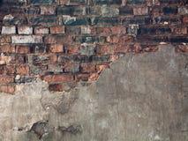 Uma alvenaria muito velha do tijolo do vermelho Fotografia de Stock
