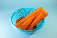 Uma bacia de cenoura descascada Imagem de Stock Royalty Free