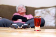 Uma bebida Imagens de Stock Royalty Free