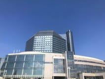 Uma biblioteca nacional da grande construção de vidro bonita conceptual azul de Bielorrússia Republic of Belarus, Minsk, o 20 de  imagens de stock royalty free