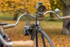 Uma bicicleta velha do moeda de um centavo-farthing Foto de Stock Royalty Free