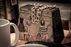Uma bolsa de madeira muito agradável imagem de stock