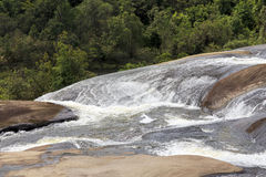 Uma cachoeira Imagem de Stock Royalty Free