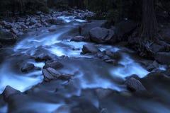 Uma cachoeira do Yosemite majestoso fotos de stock royalty free