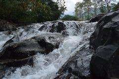 uma cachoeira muito bonita na manhã imagens de stock royalty free