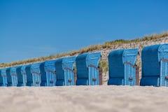 Uma cadeira de praia Imagens de Stock Royalty Free