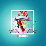 Uma caixa de presente aberta para feriado o 8 de março Imagem de Stock Royalty Free