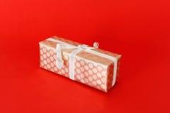 Uma caixa de presente envolvida Fotografia de Stock Royalty Free
