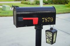 Uma caixa postal dos EUA e uma luz solar Imagem de Stock