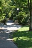 Uma caminhada no parque foto de stock