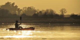 Uma canoa no ree do loch em ireland Imagem de Stock Royalty Free