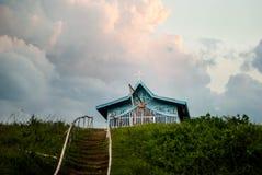 Uma capela no monte Imagem de Stock Royalty Free