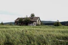 Uma casa abandonada fotografia de stock royalty free