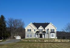 Uma casa canadense imagens de stock royalty free