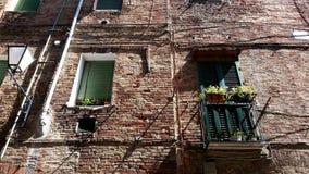 Uma casa sob o sol de Itália fotos de stock royalty free