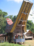 Uma casa tradicional de Toraja Fotografia de Stock
