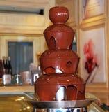 Uma cascata do chocolate fotos de stock royalty free