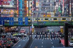 Uma cena muito ocupada da rua do Tóquio Foto de Stock Royalty Free
