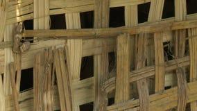 Uma cerca de bambu em uma casa nativa, Bagan, Myanmar filme