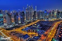 Uma cidade nunca dorme! imagens de stock royalty free