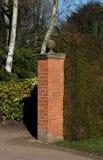 Uma coluna do tijolo vermelho Fotos de Stock Royalty Free