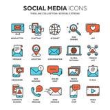 Uma comunicação Media sociais Em linha conversando Telefonema, mensageiro do app Móbil, smartphone computar Email Linha fina Fotografia de Stock