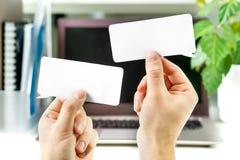 Uma comunicação no trabalho, interação do negócio foto de stock