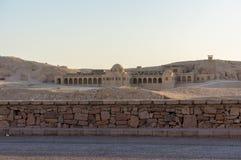Uma construção próximo recreou Hatshepsut imagem de stock