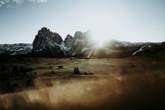 Uma cordilheira no nascer do sol Imagem de Stock