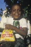 Uma criança do African-American fotos de stock royalty free