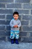 Uma criança pequena bonito! Fotos de Stock Royalty Free