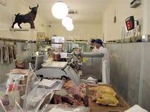 Uma da melhor loja de carniceiros em Roma foto de stock