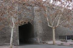 Uma da porta da cidade antiga fotos de stock