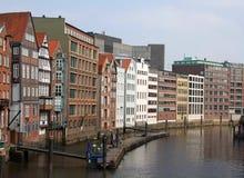 Uma das canaletas em Hamburgo foto de stock
