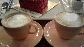 Uma data do Latte! foto de stock royalty free