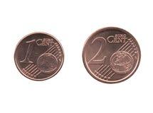 Uma e dois moedas do centavo de Euro EUR, UE da União Europeia isolada Imagens de Stock
