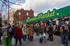 Uma entrada a Camden Market Imagens de Stock