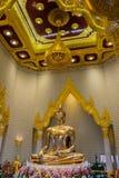 Uma estátua da Buda do ouro, Banguecoque, Tailândia Imagens de Stock Royalty Free