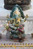 Uma estátua de Ganesh foi instalada no pátio de Wat Na Phra Men em Ayutthaya (Tailândia) Fotografia de Stock Royalty Free