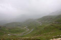 Uma estrada da montanha do enrolamento Fotografia de Stock Royalty Free