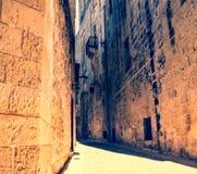 Uma estrada histórica em Mdina, Malta Foto de Stock