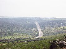 Uma estrada nas montanhas fotografia de stock