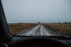 Uma estrada para um chruch islandês Imagem de Stock Royalty Free