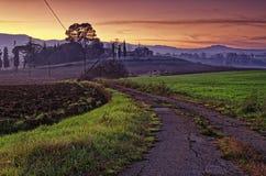 Uma estrada perto de Todi, Úmbria, Itália Fotos de Stock Royalty Free