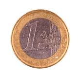 Uma euro- moeda em um fundo branco Imagens de Stock Royalty Free
