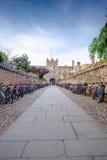 Uma faculdade de Cambridge, com bicicletas Fotografia de Stock Royalty Free