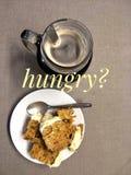 Uma fatia de bolo de cenoura com café Imagens de Stock Royalty Free