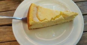 Uma fatia do bolo de queijo Foto de Stock Royalty Free
