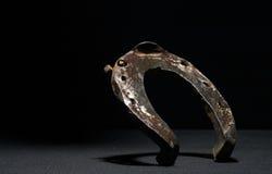 Uma ferradura acima levantada velha Imagem de Stock